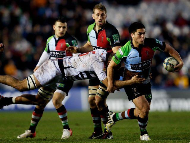 Ben Botica leads a Quins attack