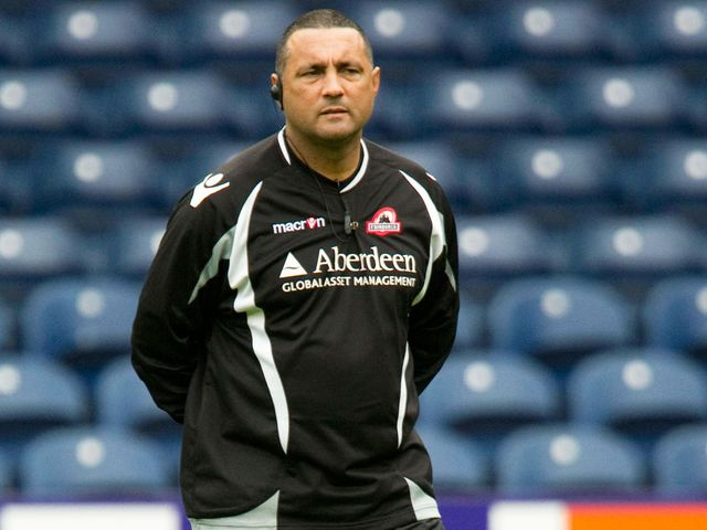 Michael Bradley: Edinburgh head coach makes three changes