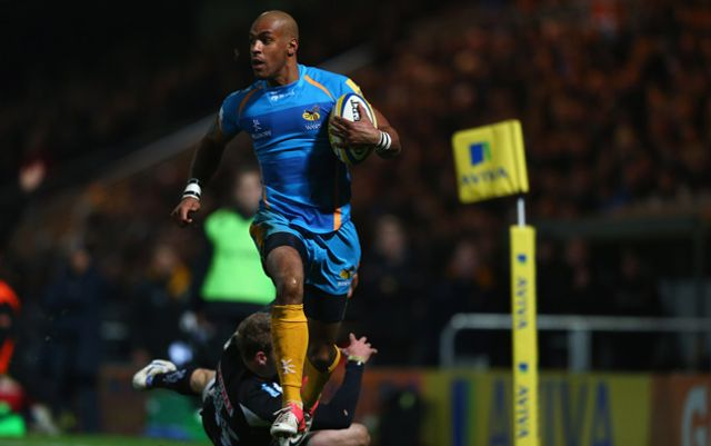 Tom Varndell streaks clear for a Wasps try