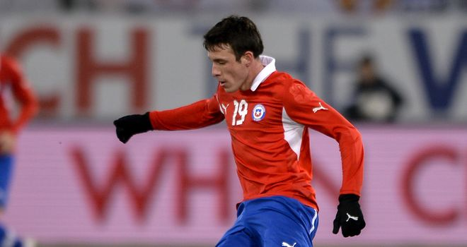 Angelo Henriquez: Says Manchester United are not letting him go to play with Chile