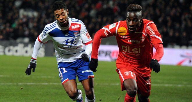 Michel Bastos (l): Scored Lyon's equaliser