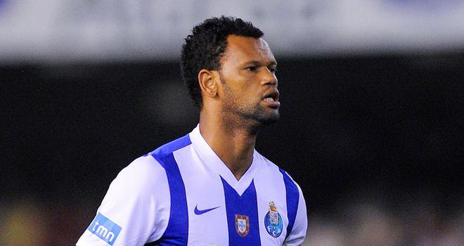 Un international portugais à QPR ? thumbnail