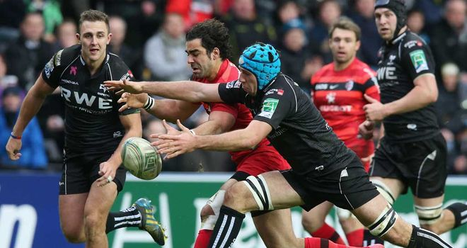 Action from the Ospreys' superb 17-6 win over Toulouse
