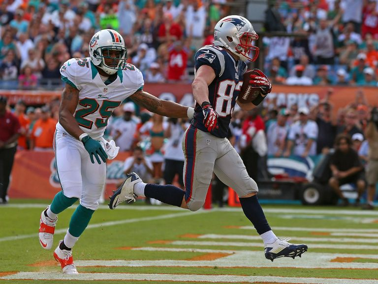 Wes Welker: Scored touchdown in second quarter