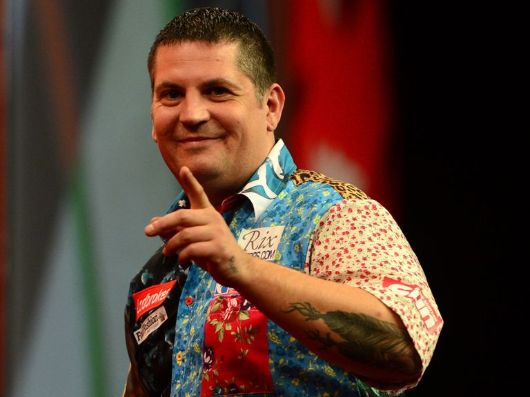 Gary Anderson: Through to round three