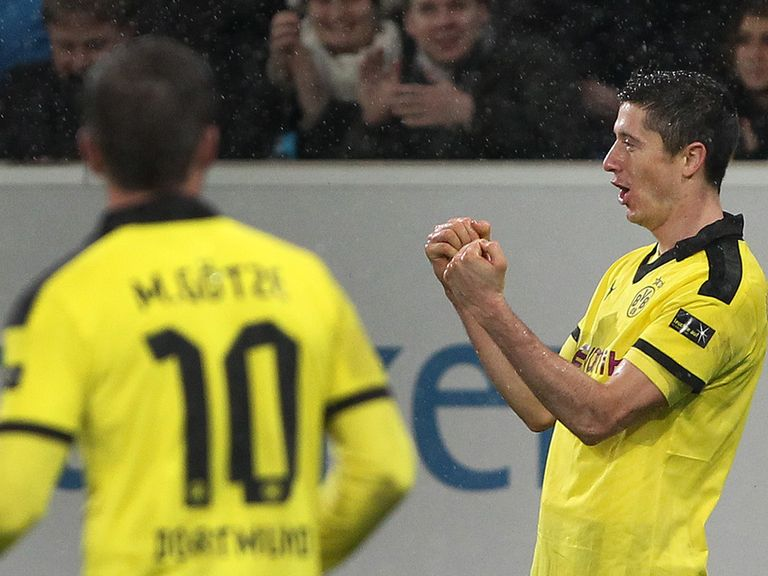 Robert Lewandowski scored as Dortmund won 3-1.