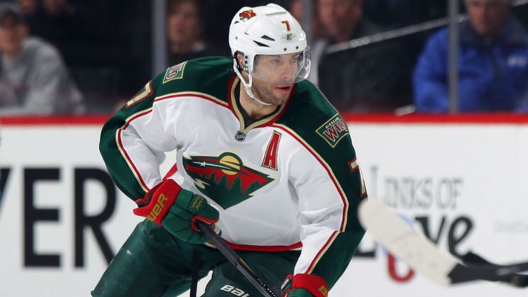 Matt Cullen and the Minnesota Wild remain on the brink