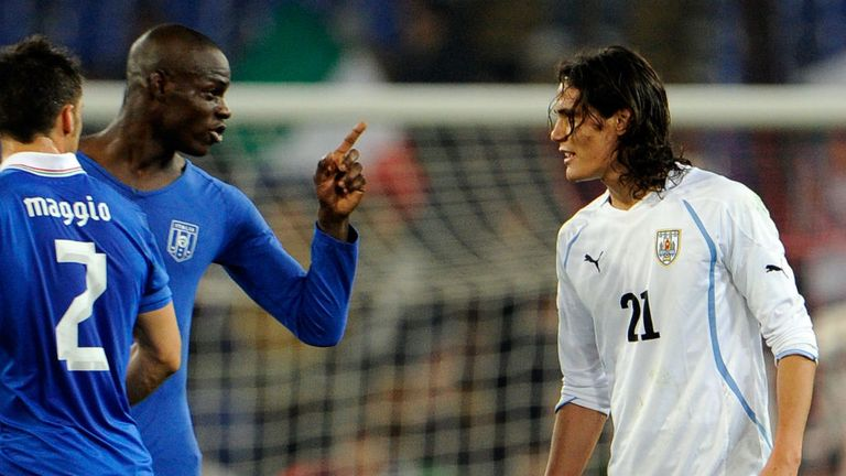 Edinson Cavani: Would be delighted to see Mario Balotelli join him at Napoli