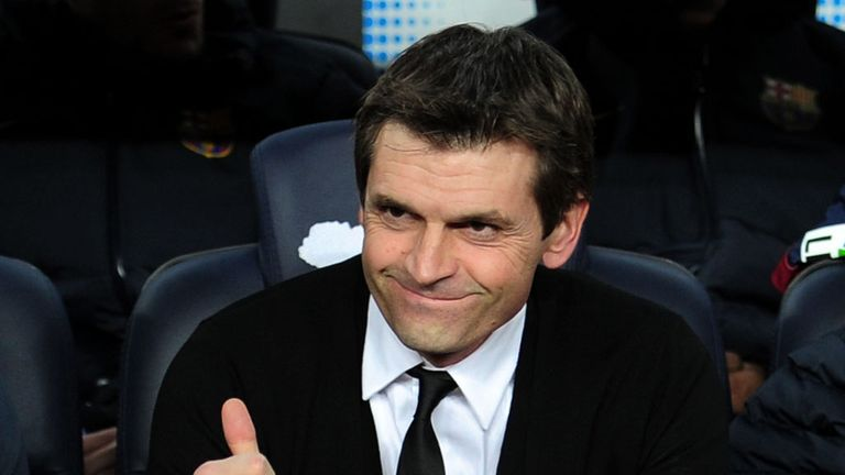 Tito Vilanova: Thumbs up for support on return to dugout
