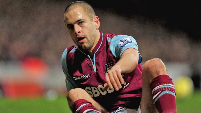 Joe Cole: Set up two goals in 2-2 draw with United