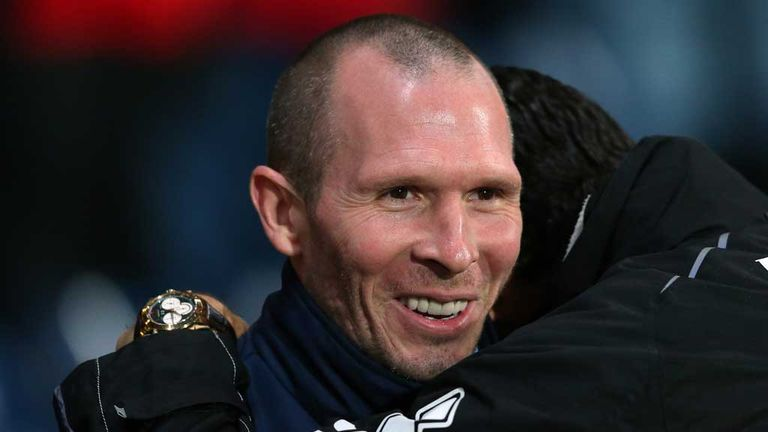 Michael Appleton:Wants goal to be given to Jordan Rhodes