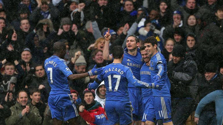 Chelsea celebrate after Mata's goal