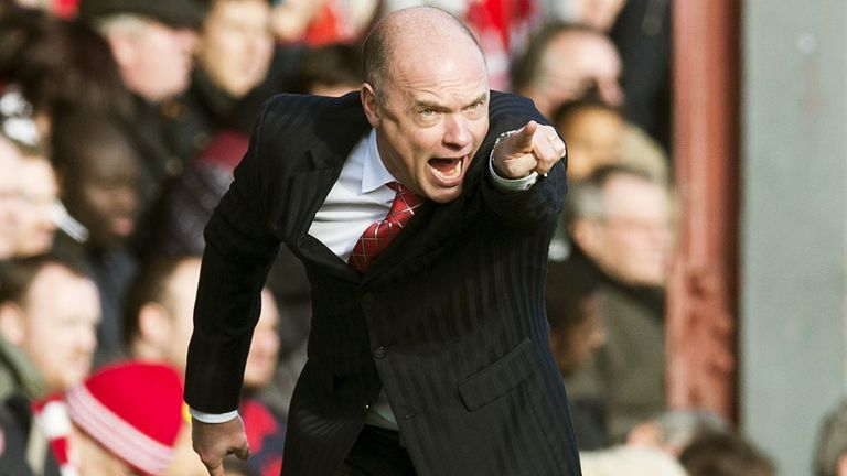 Uwe Rosler: Hopes the fans will get behind Brentford's play-off bid