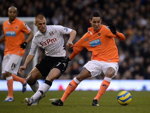 Sidwell and Ince battle for the ball
