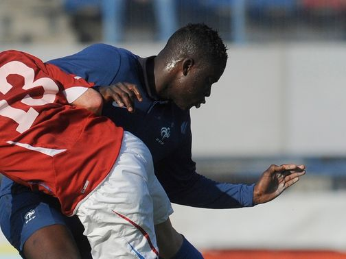 Alfred N&#39;Diaye: Sunderland transfer target