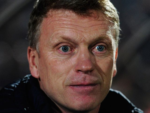 David Moyes watches the action unfold