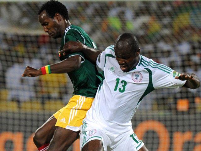 Fegor Ogude vies with Saladin Seid