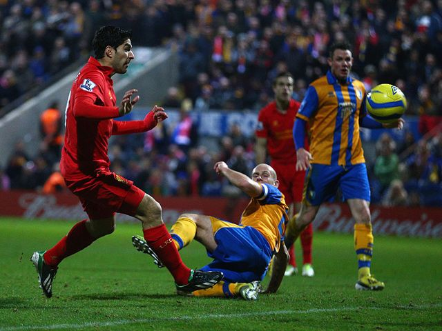 Luis Suarez scored a controversial goal
