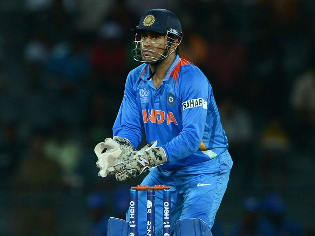 Dhoni: Struck winning runs on return to home town