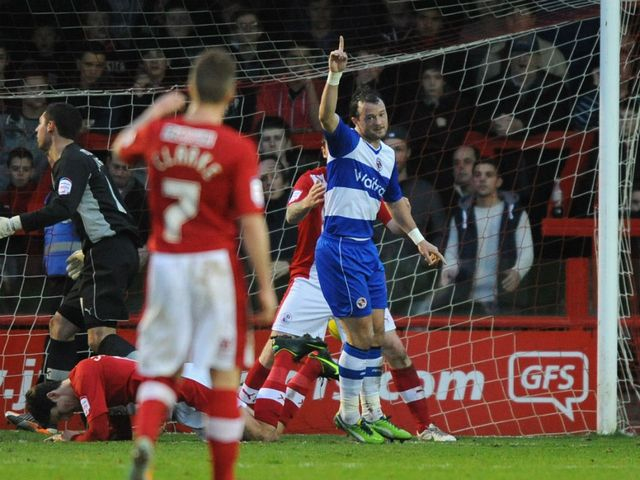Noel Hunt celebrates for Reading