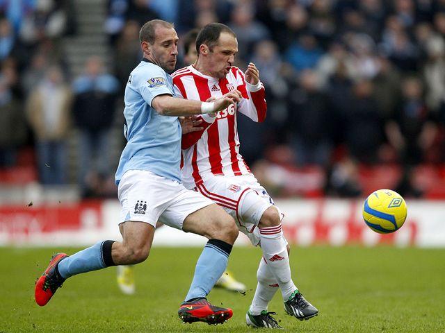Pablo Zabaleta and Matthew Etherington battle for the ball