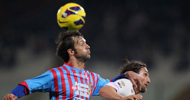 Nicola Legrottaglie and Rolando Bianchi battle for the ball