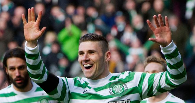 Gary Hooper: Celtic striker wanted by Norwich