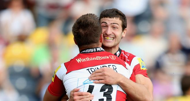 Jonny May and Henry Trinder celebrate at Kingsholm