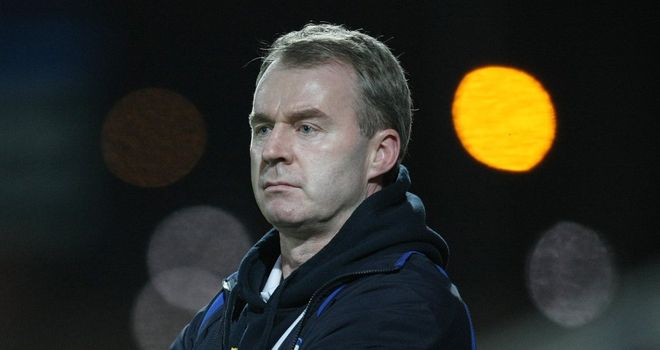 John Sheridan: Extends Isaac Vassell's stay