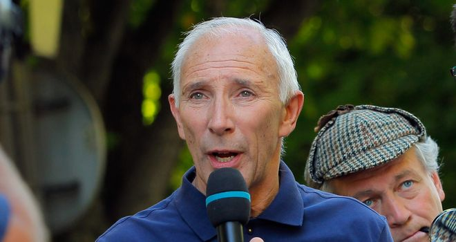 Phil Liggett: Broadcaster claims interview was soft on Lance Armstrong