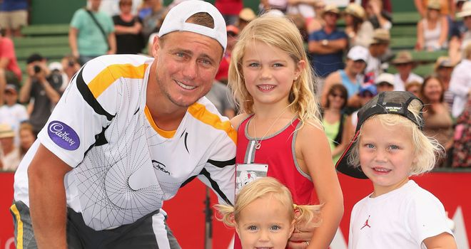 Lleyton Hewitt celebrates with his kids