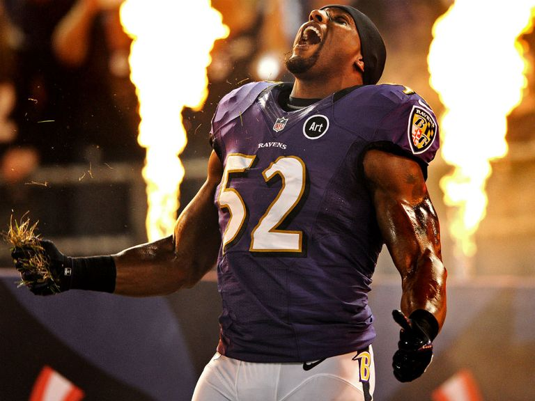 Lewis: Emotional leader is back for the Ravens