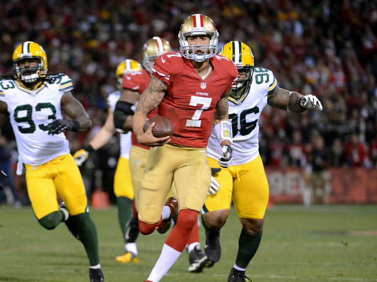Colin Kaepernick dashes in for an early touchdown