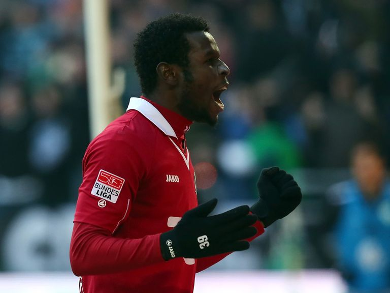 Mame Diouf: Set for Hannover stay