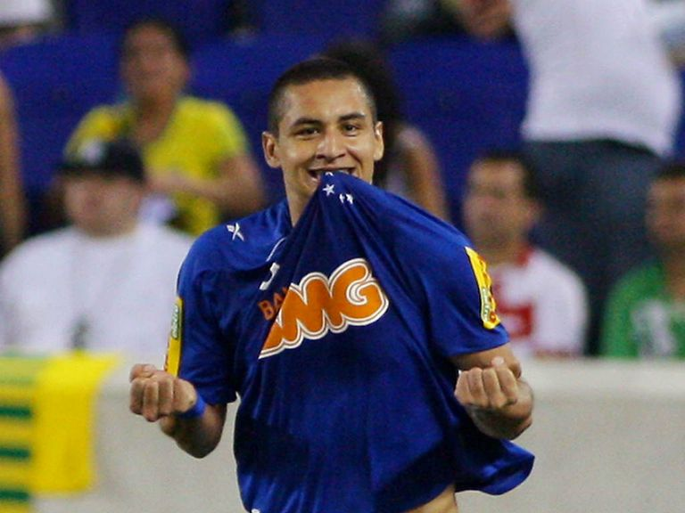 Wellington Paulista: Cruzeiro striker ready for loan move to West Ham