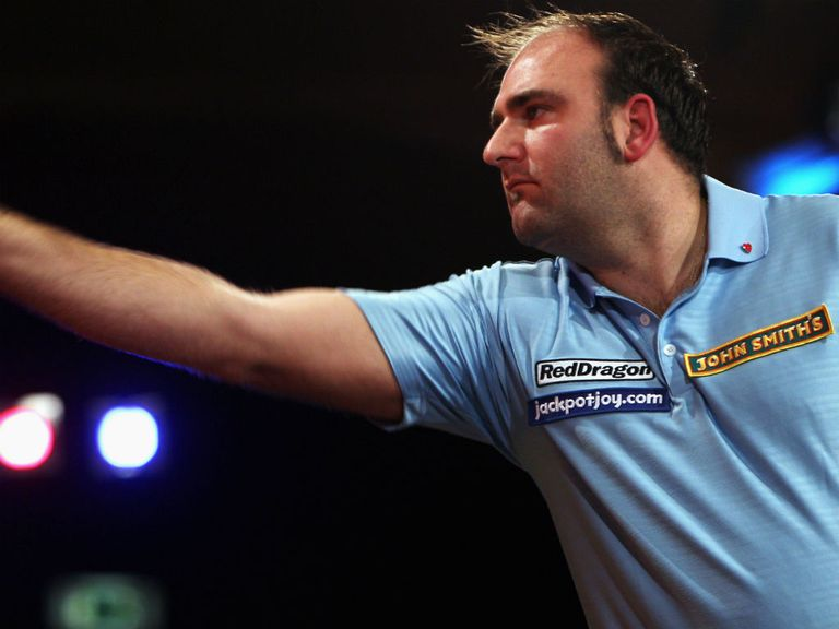 Scott Waites: Powered into round two