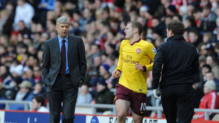 Arsene Wenger: Believes Wilshere does not have to change his style