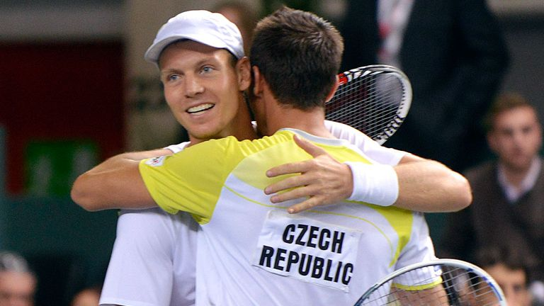 Tomas Berdych and Lukas Rosol win through mammoth struggle