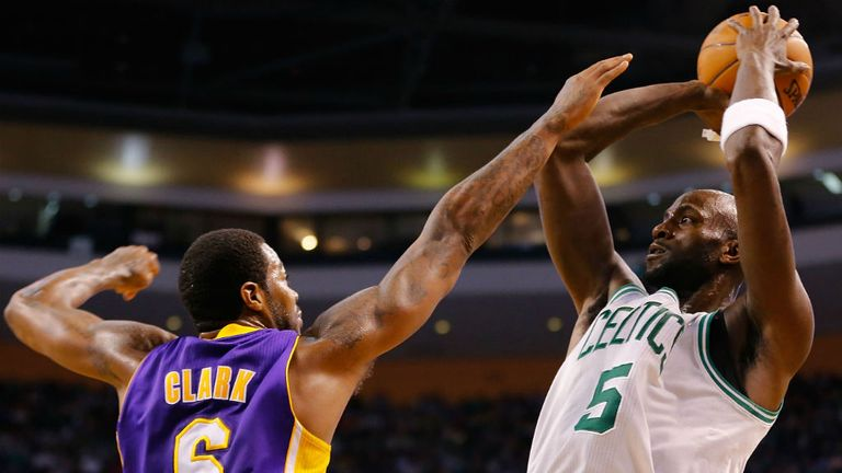 Kevin Garnett: Scored 15 poionts in the Celtics' win
