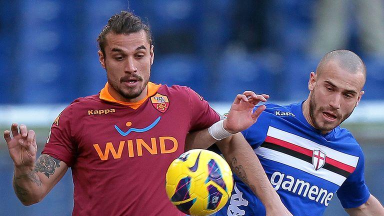 Pablo Osvaldo and Lorenzo De Silvestri vie
