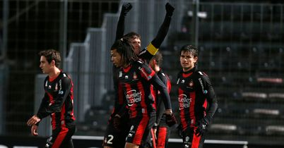 Renato Civelli: Celebrates his goal for Nice