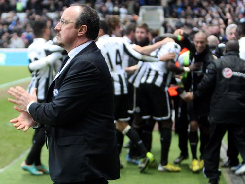 Benitez thought Coloccini should have been sent off