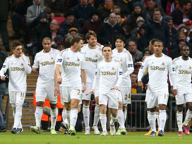 Swansea beat Bradford 5-0 to win the League Cup