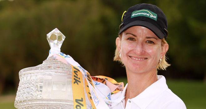 Karrie Webb with the trophy. (Pic: Scott Powick SMP Images)