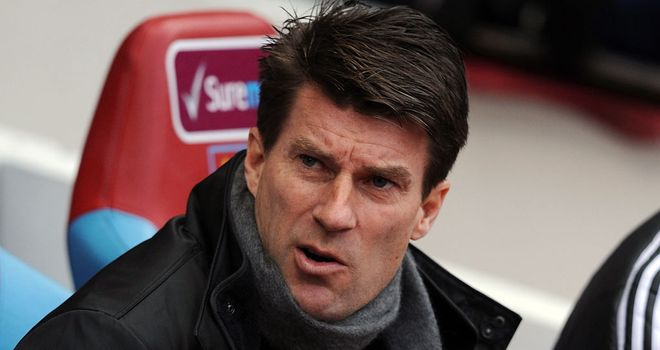Michael Laudrup: Swansea boss wants his side to stay committed until end of season