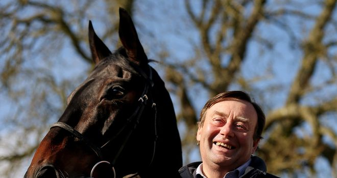 Nicky Henderson: Racecourse gallop