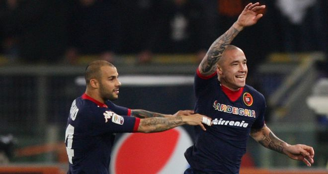 Radja Nainggolan celebrates his opener
