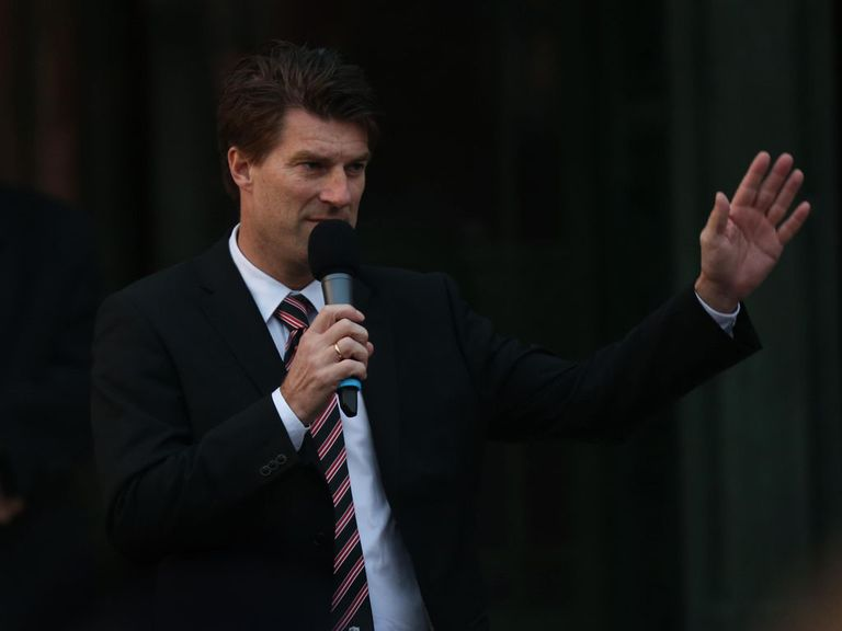 Michael Laudrup: Extends his stay with the Swans