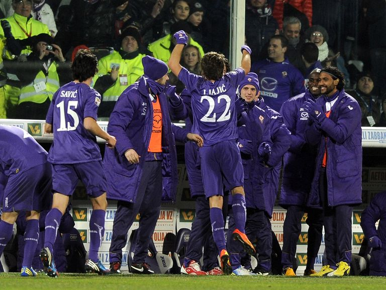 Fiorentina celebrate putting Inter Milan to the sword