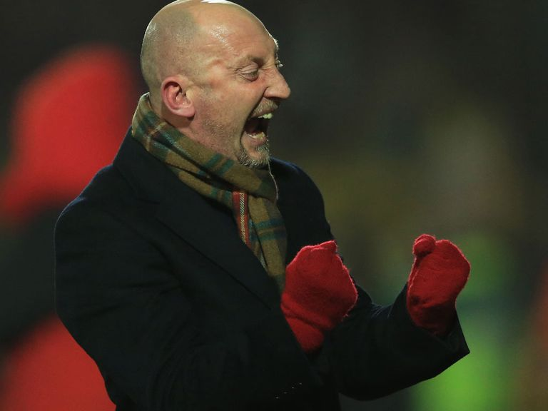 Holloway has called for the fans to make Selhurst Park intimidating